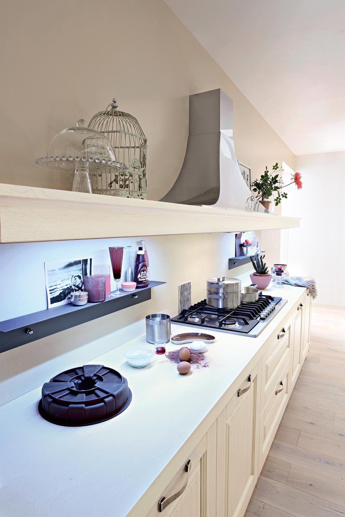 Ar-Tre | Greta - Cucine classiche eleganti con finiture in legno.